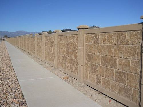 Precast Concrete Fencing : Precast concrete fence in dallas