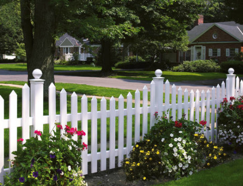 How to Choose an Ornamental Vinyl Fence in Texas