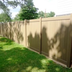 Tan Vinyl Fence Dallas Texas